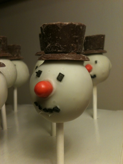 snowman cake pop