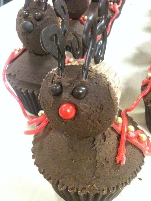 rudolph cupcake