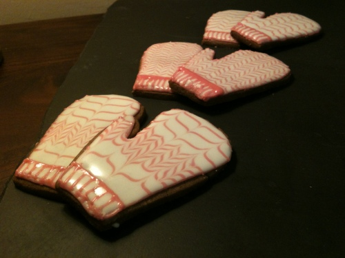 gingerbread mittens