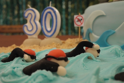 tirathlon cake swimmers