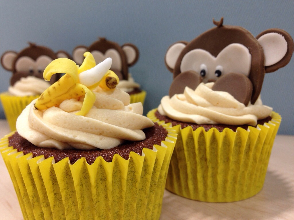 Cheeky Monkey Cupcakes | Gloverly Cupcakes
