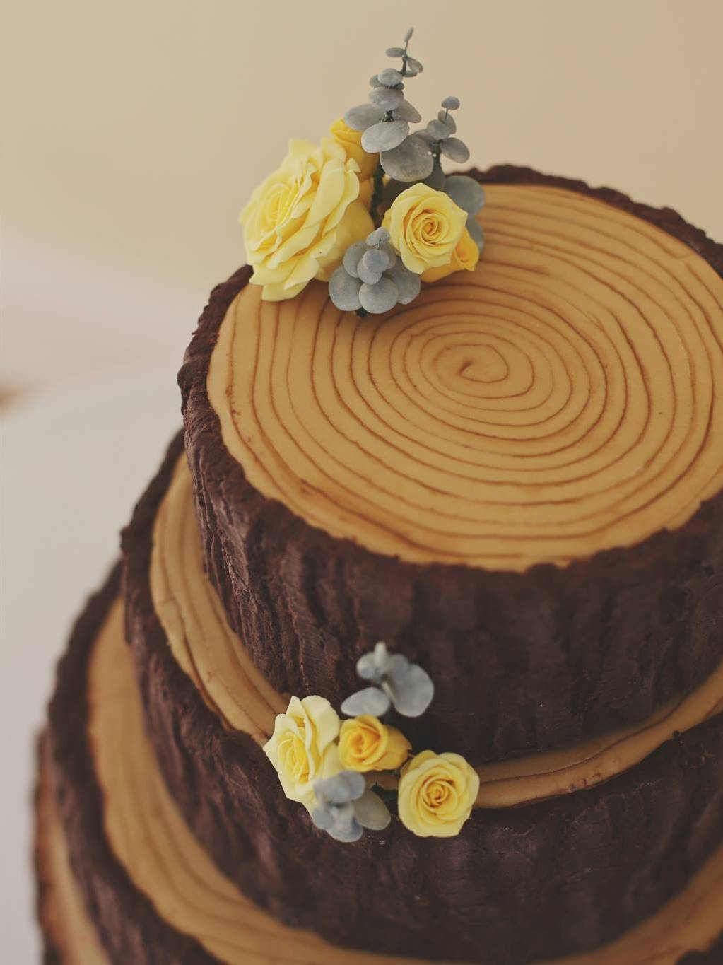 A Woodland Wedding Cake Gloverly Cupcakes